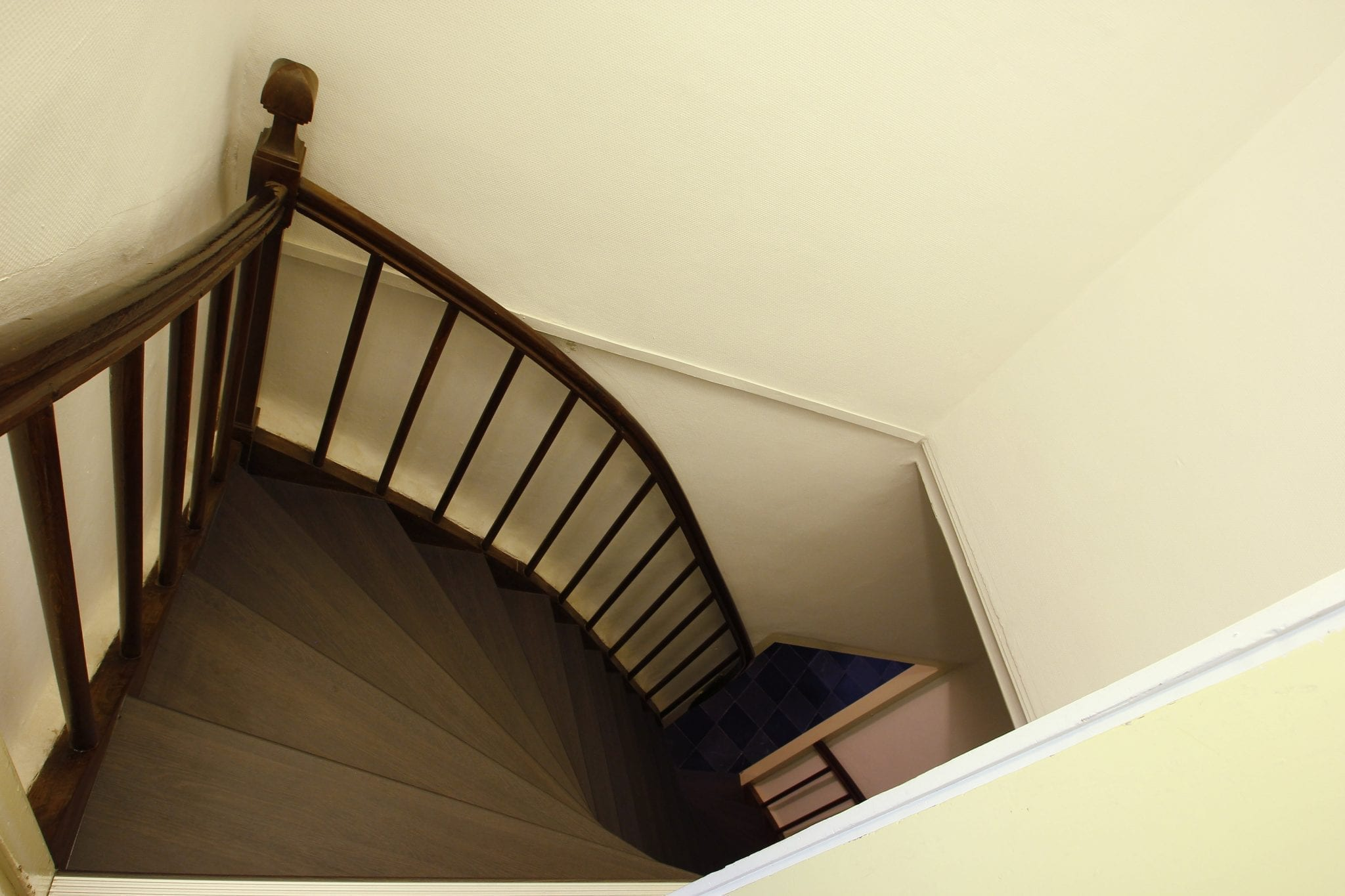 Je trap behandelen tips tricks upstairs traprenovatie - Versier een trap ...